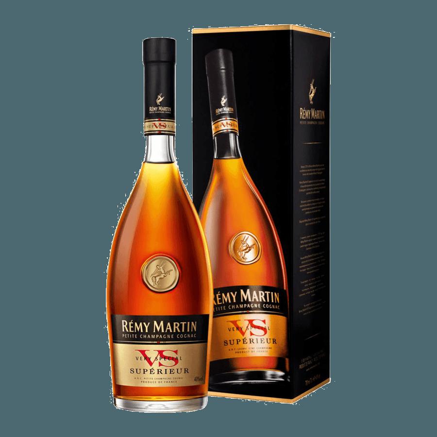 Коньяк Remy Martin VS Superieur 0,5 л (подарочная коробка)